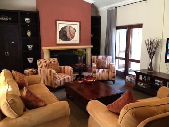Manor 38 : Wohnzimmer