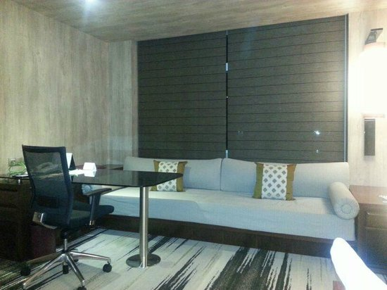 Gran Melia Jakarta:                   Nice Full Length Sofa at the Work Desk Area