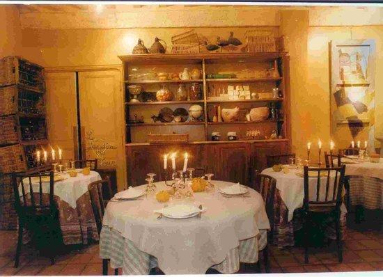 Au jardin de la tour carcassonne center restaurant avis for Au jardin de la tour