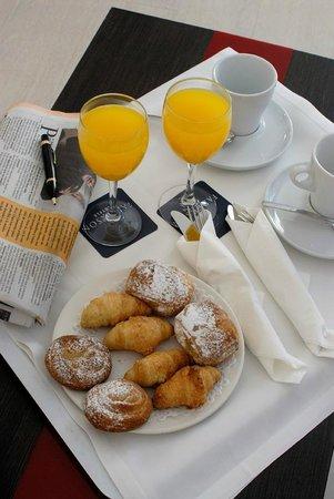 Hotel Ciutat de Girona: Room Service