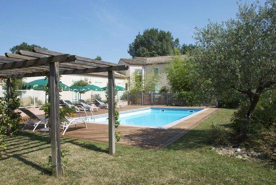 Le Barry Hotel Restaurant: piscine