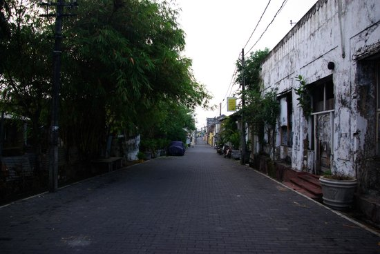 Galle Fort Hotel:                   Street