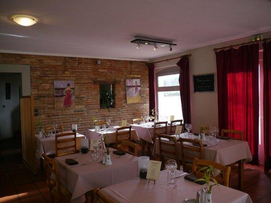 Le Barry Hotel Restaurant: le restaurant