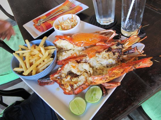 Galle Fort Hotel:                   Lunch- grilled King Prawns