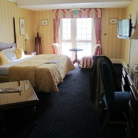 New House Country Hotel: Spacious, cheerful and comfortable