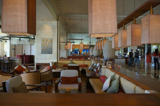 Shangri-La's Mactan Resort & Spa: Lobby area