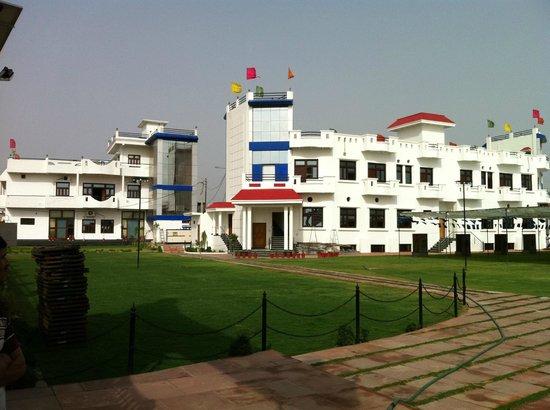 GUNJAN RESORT (Firozabad, Uttar Pradesh) - Hotel Reviews