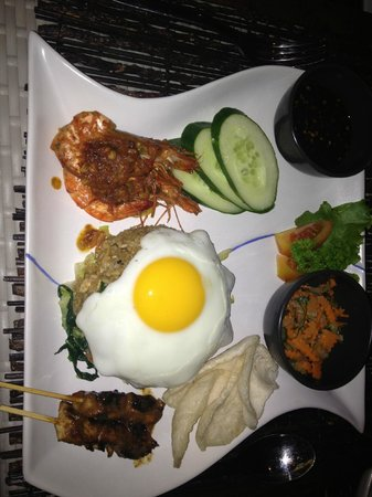 The Lokha Umalas Villas & Spa: Nasi Goreng - yum !
