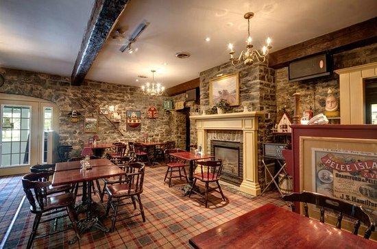 Waring House: The Barley Room