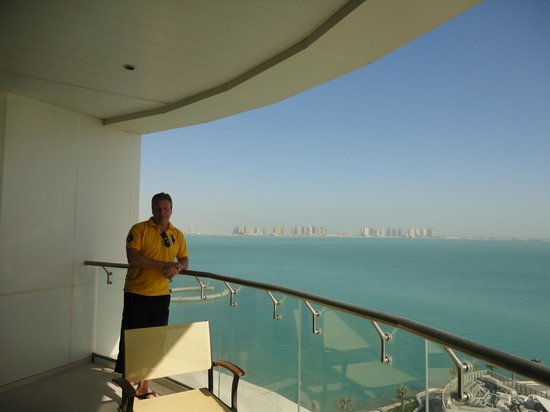 Hilton Doha: Part view of our balconey