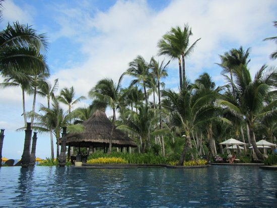 Shangri-La's Boracay Resort & Spa: Swimming pool