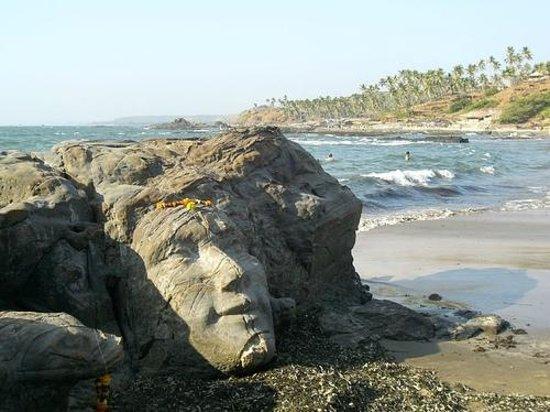 Leoney Resort:                   you acn enjoy the seashore at the evening.