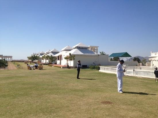 The Merwara Palace:                                     main centre lawn surrounded with cottages.