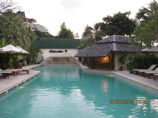 The Sunset Beach Resort & Spa, Taling Ngam: Lovely big pool