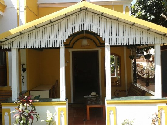 Casa Cottage :                   Deluxe room - porch