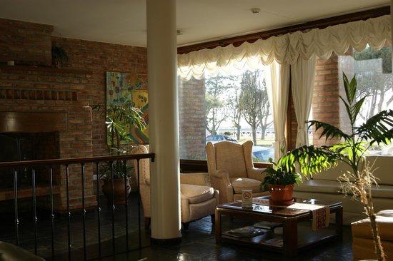 Bahia Nueva Hotel:                   el hall del hotel