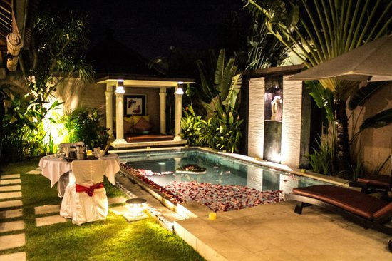 The Bli Bli Villas & Spa:                   Pool
