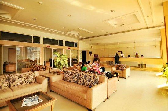 Hotel Atithi :                                     LOUNGE