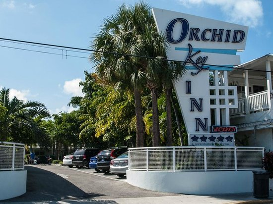 Orchid Key Inn:                   Duval Street entrance