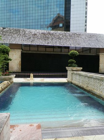 Royale Chulan Kuala Lumpur: jacuzzi