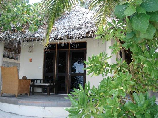 Ellaidhoo Maldives by Cinnamon:                   наше бунгало № 320