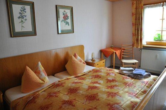 Landhotel Bierhaeusle: Appartment bedroom