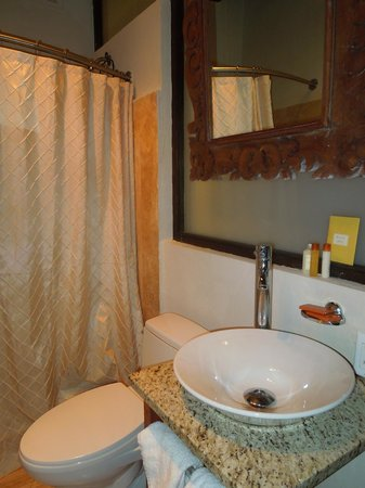 Villa Herencia: Bathroom