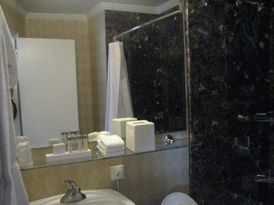 Boston Park Plaza:                   Room 1490