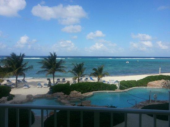 Wyndham Reef Resort:                                     Spectacular View from Room Balcony