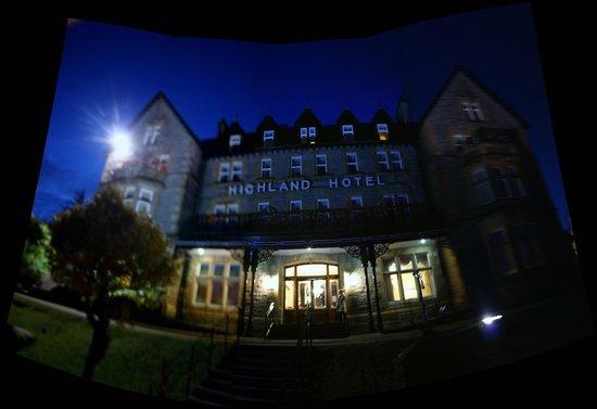 Highland Hotel: evening