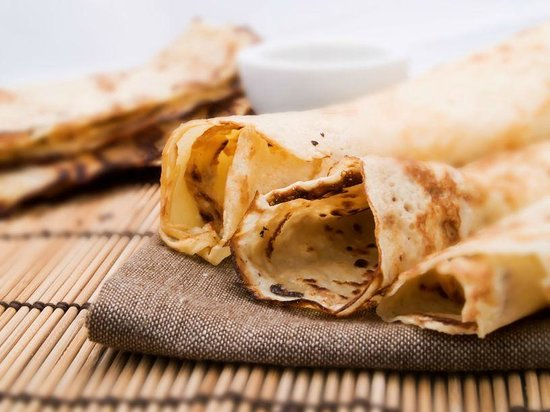 Cafe Sizzle: Freshly cooked crepes