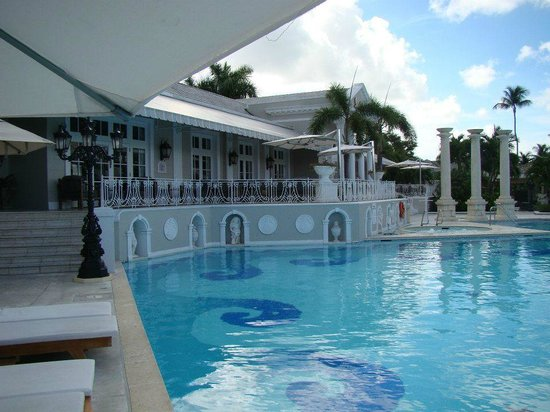Sandals Royal Bahamian Spa Resort & Offshore Island:                   The main pool