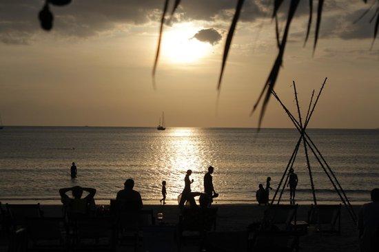 Pilanta Spa Resort:                   La spiaggia al tramonto