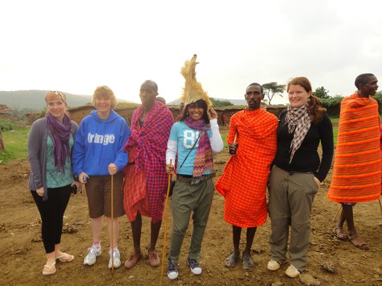 Rhino Tourist Camp:                   Massai tribe