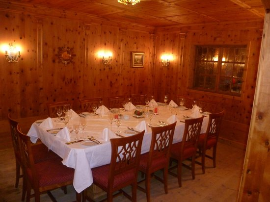 Sporthotel Reisch:                   Great for a large party !