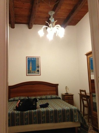 Hotel San Samuele: my room
