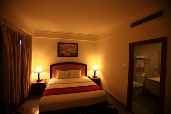Kingston Hotel:                   chambre
