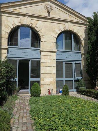 La Maison Bord'eaux:                   particolare del giardino