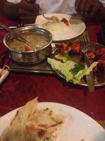 Haandi Restaurant:                   cena meravigliosa