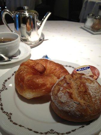 Hotel Sunnehus:                   breakfast