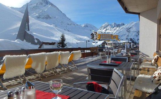 AlpenHotel Seiler:                   Blick von der Terrasse des Hotels Seiler