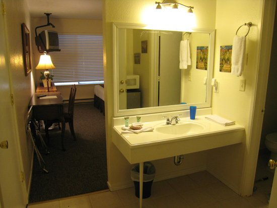 Best Choice Inn South Lake Tahoe: Another Standard Queen Room