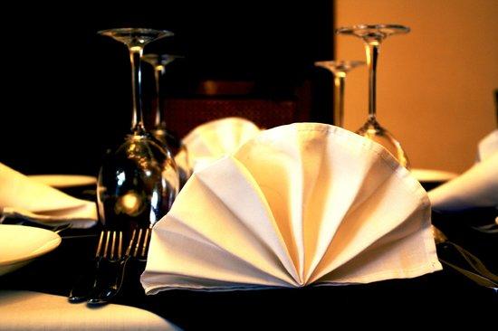 Three Arms: Restaurant