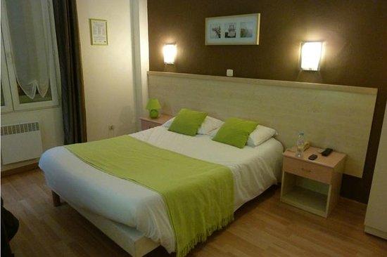 Hotel du Midi :                   Double room