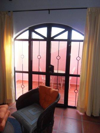 Lolita's Inn: Patio suite 2