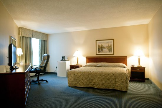 The Harbourfront Inn: Deluxe King Room
