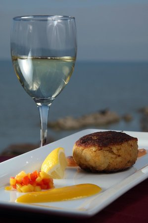The Lakehouse Inn: Crabcake Appetizer from Crosswinds Grille