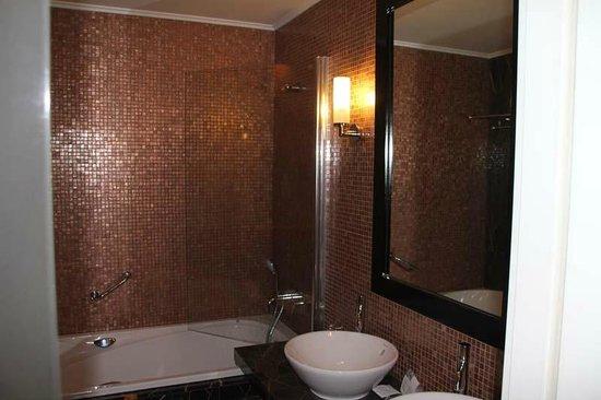 Eurostars Thalia Hotel:                   Bad