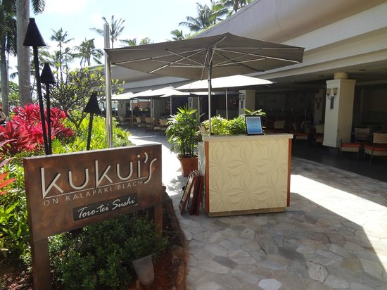 Kukui's Restaurant and Bar :                   Entrance
