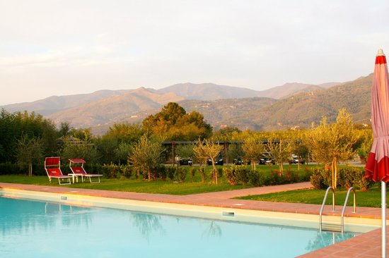 Agriturismo Savernano:                   Tuscan Views